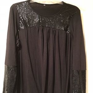 Tops - Woman's sequined tunic